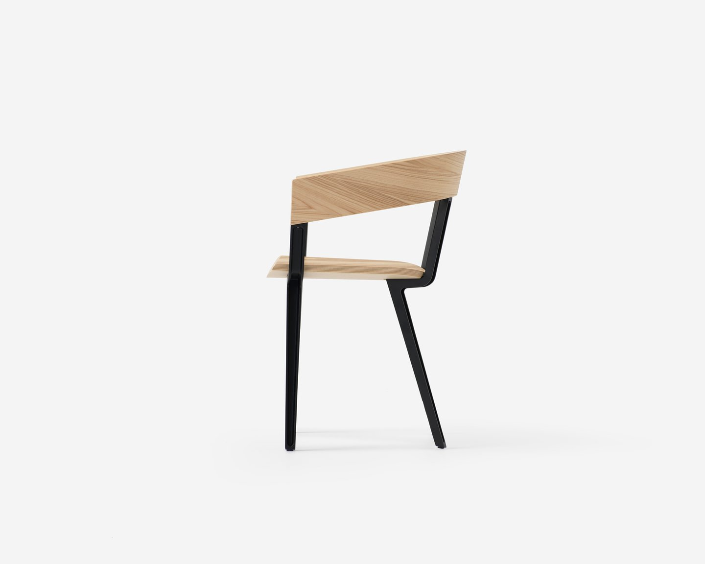 Image: uploads/2017_03/Resident-Odin-Chair-by-Jamie-Mclellan-1.jpg