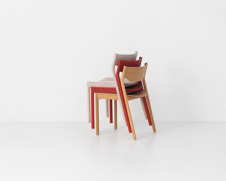 Image: Uploads/2017_12/Resident Tangerine Chair And Spar
