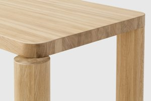 Image: uploads/2018_09/Resident_Offset_Dining_Table_by_Philippe_Malouin-3.jpg