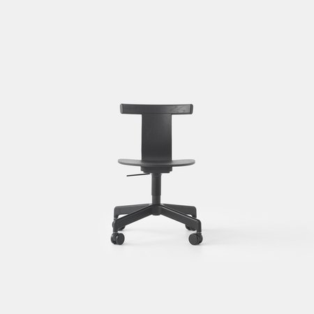 Jiro Swivel Chair (Blk Oak Blk Base Casters)